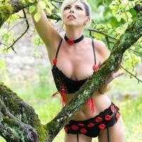 *********** *  🛍 Shop now 👇🏼👇🏼👇🏼👇🏼👇🏼 https://livcocorsetti.eu/  @sparkling_g  #dropshipping #dessous #lingerie #bielizna #seksownabielizna #bieliznakoronkowa #bieliznaerotyczna #polskabielizna #sexybielizna #luksusowabielizna #bieliznanocna #kobieta #bieliznadamska #eleganckadziewczyna #styl #modnie #zmyslowabielizna #bra #biustonosz #dessous #tokyo #losangeles #newyork #paris #londonstreets